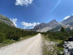 giro del Fanes parco naturale fané senese Braies Alto Adige sudtirol visit southtyrol viaggiatore lento dolomiti UNESCO cicloviaggio cicloturismo Alto Adige