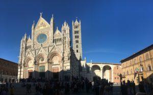 Roma Rovereto Viaggiatore Lento ciclovia viaggio pellegrino pellegrinaggio magna Via Francigena bikepacking etruschi Canterbury abate Sigerico Siena Duomo