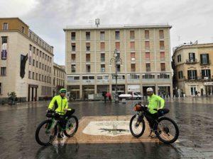 viaggiatore lento, Salsa Fargo, gravel, bicicletta da viaggio, bici da viaggio,Il Salento, la Puglia in bici, viaggiare in bicicletta in Puglia, Il Salento in bici, Salento in bicicletta, ciclovia dell'acquedotto pugliese, ciclabili in puglia, vacanze in puglia, cicloviaggio in puglia, organizzare un cicloviaggio in puglia, viaggio in puglia