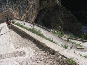 giro del Fanes parco naturale fanes sennes Braies Alto Adige sudtirol visit southtyrol viaggiatore lento dolomiti UNESCO cicloviaggio cicloturismo Alto AdigeAlpe di Fanes Dolomiti sudtirol Dolomiti in bici, alta badia, giro dei 5 rifugi, Cortina d'Ampezzo in bici, dolomiti in bicicletta, Unesco