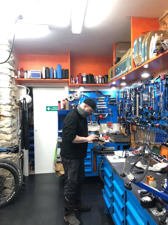 the lab bike wellness, Riva del Garda, viaggiatore lento, gli amici di viaggiatore lento, lago d garda, noleggio bici ebike lago di garda